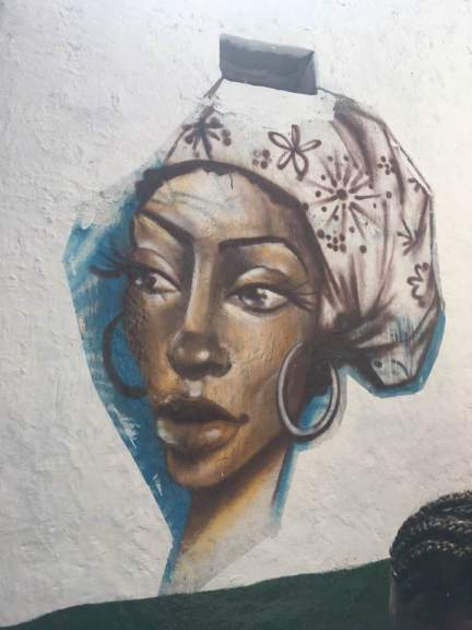 Woman - graffiti