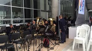 closing band